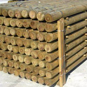 Postes de madera sin punta 1